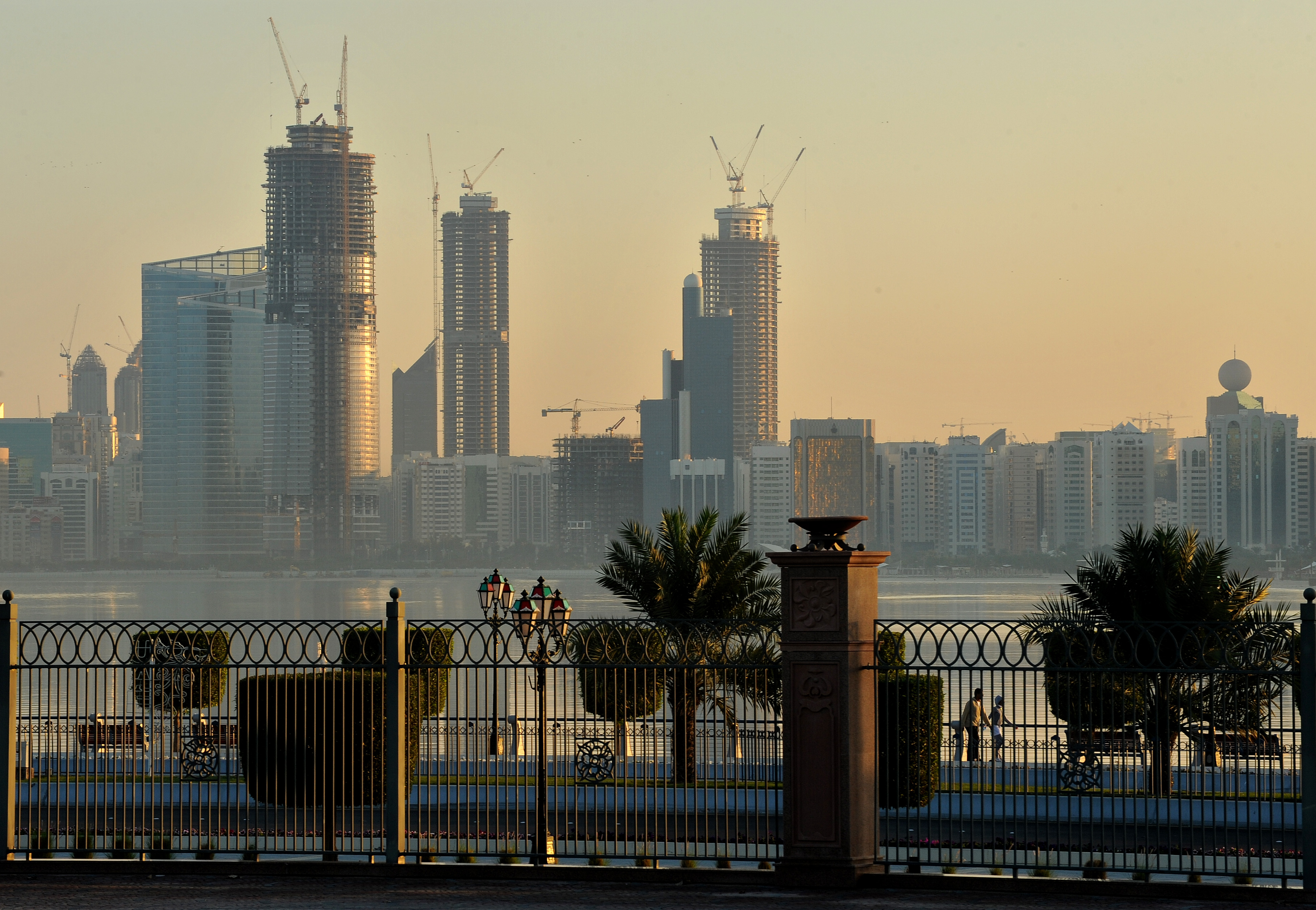 Abu Dhabi restricts movements in and out of emirate and regions