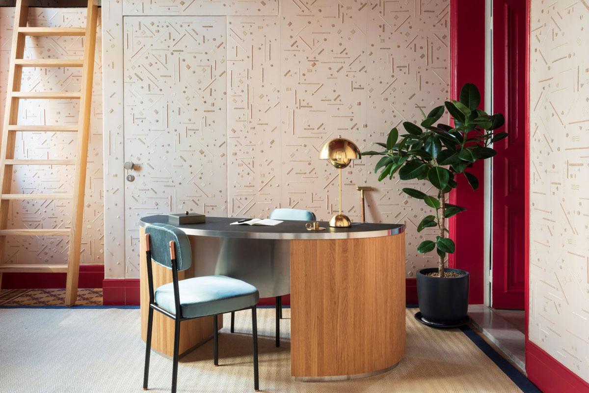 New Beruit showroom for artisan wallpaper brand de Gournay