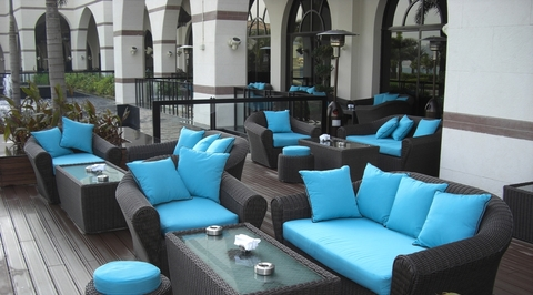 Top 5 tips to choose outdoor furniture designs