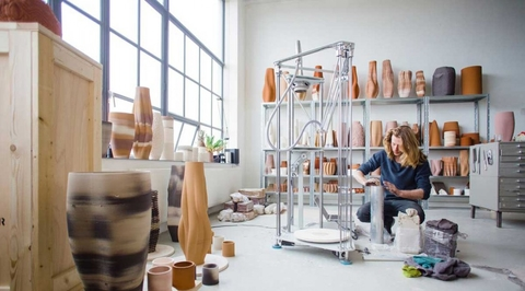 Trend report: Design in a post-truth era by Esra Lemmens