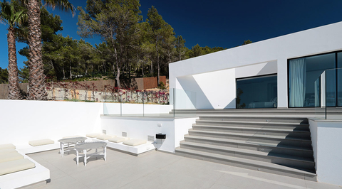 Minimalist villa in Ibiza showcases surfaces that transition between indoor and outdoor
