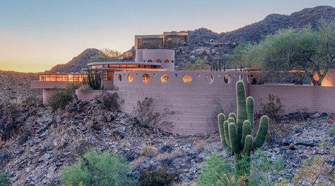 Frank Lloyd Wright's last home to be sold at auction