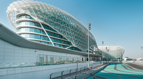 Abu Dhabi extends ban on public movement by a week