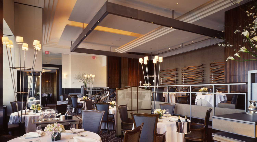 How social distancing is changing restaurant design