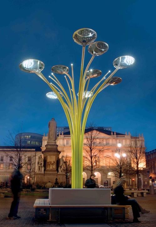 Ross Lovegrove's Solar Tree lights up London
