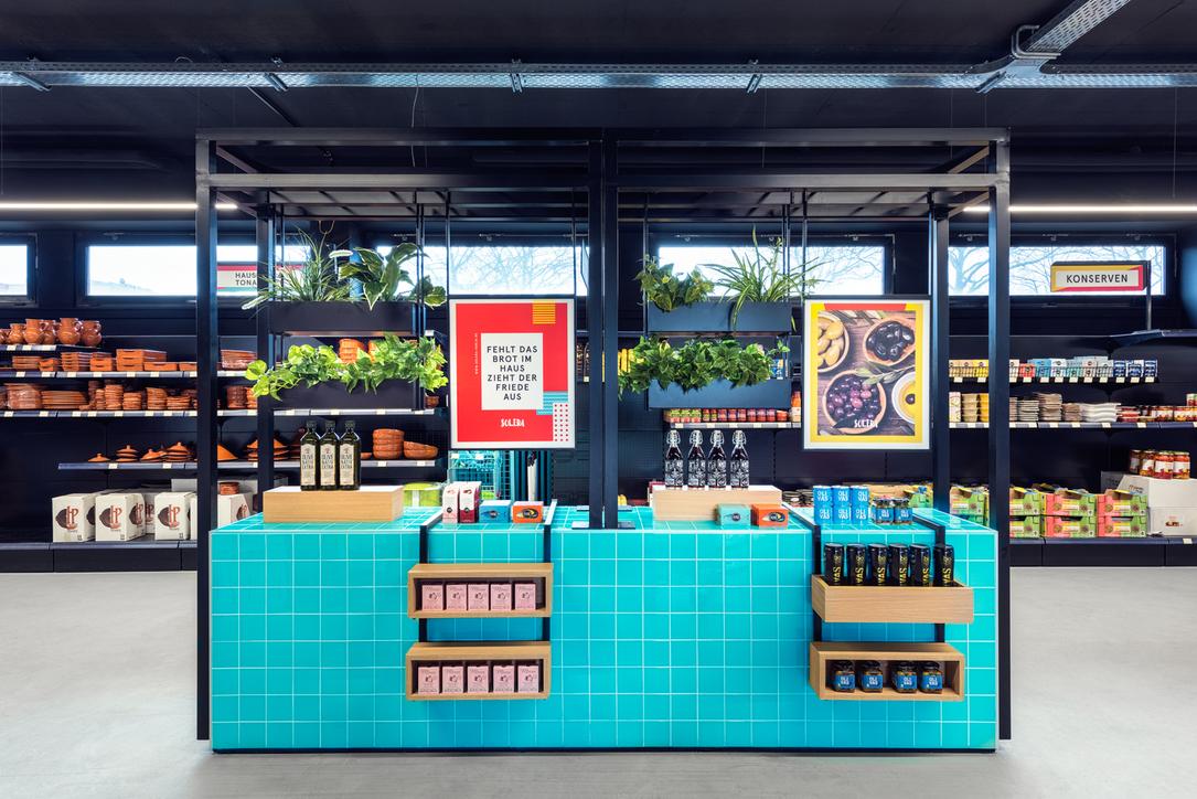 Masquespacio designs Solera's supermarket in Cologne, Germany