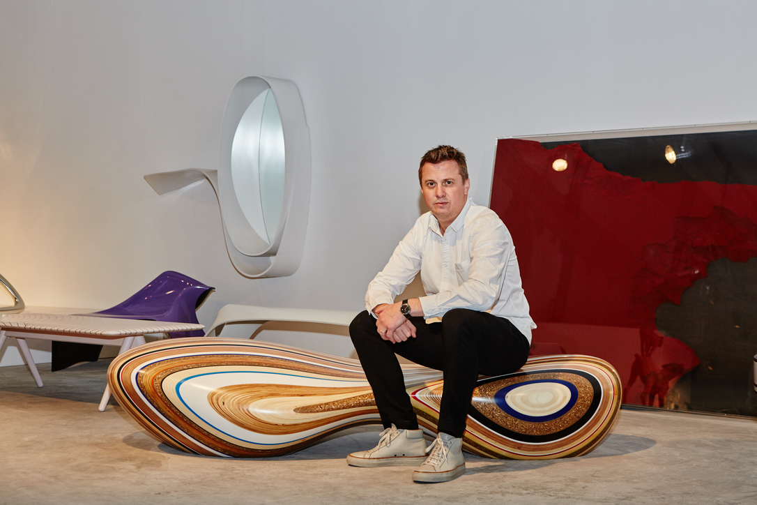 Britain Takes Shape, Brodie Neill, Collectible design, Design Days Dubai, Design Days Dubai 2017, E-turn bench, Exhibition, Limited edition design, London design
