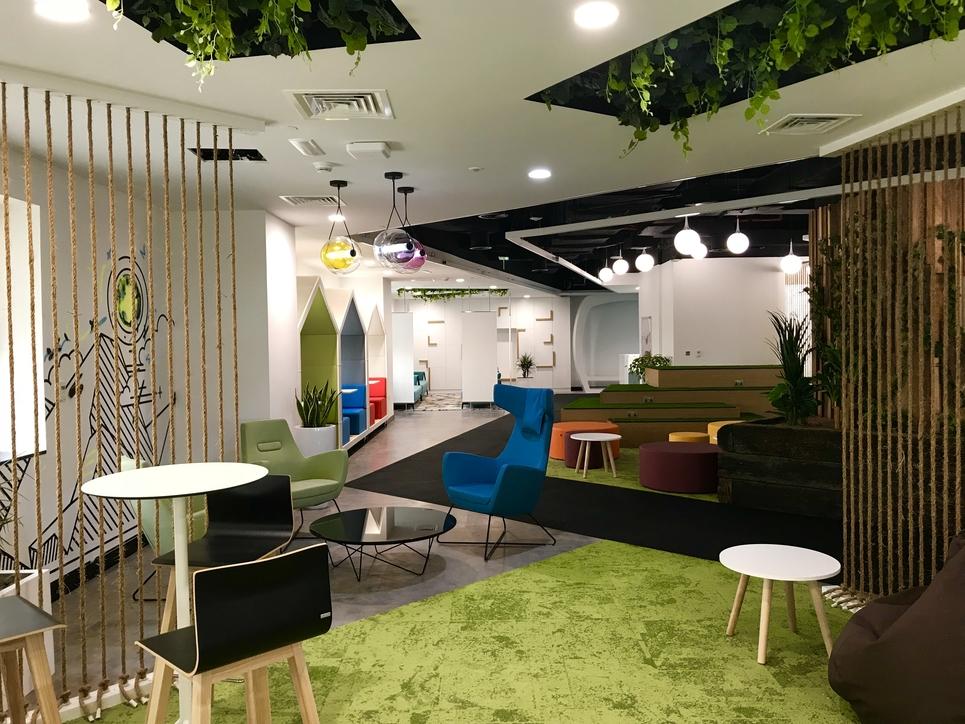 Chris Barnes, Broadway Interiors, Office design