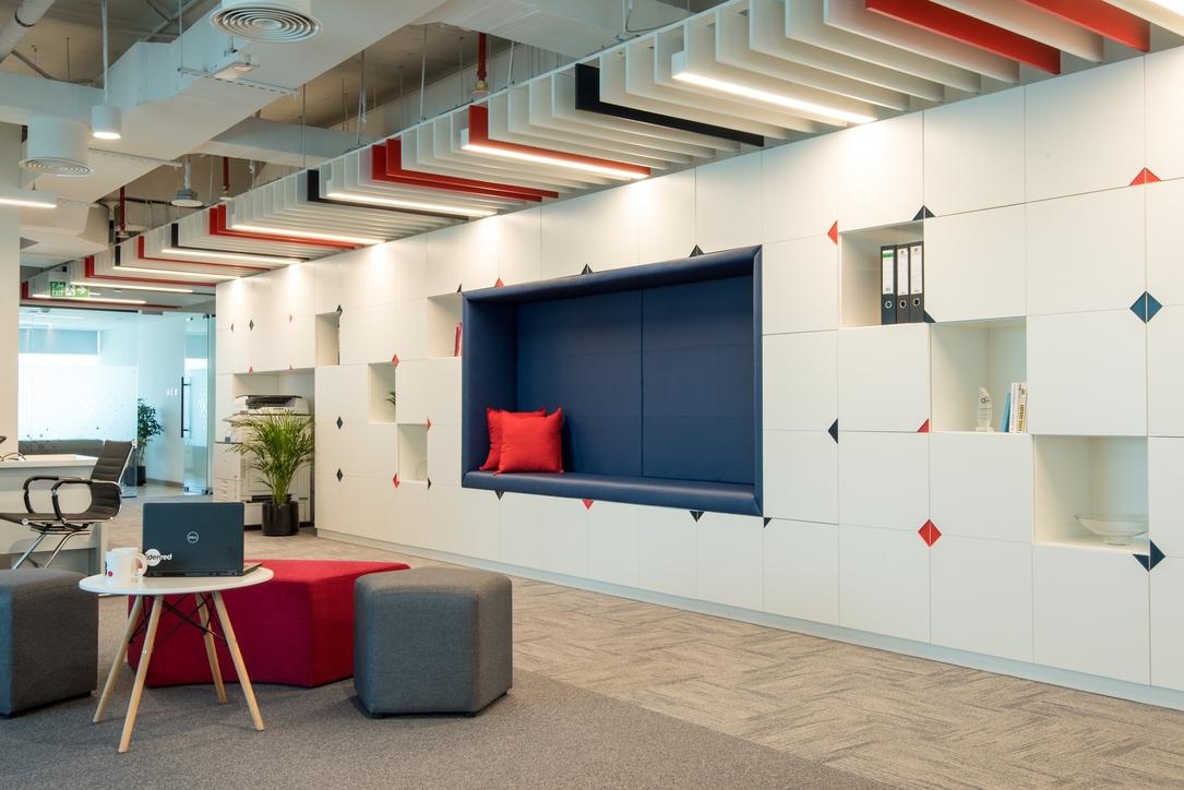 DZ Design, Office design, Dubai office design, Open Plan Offices