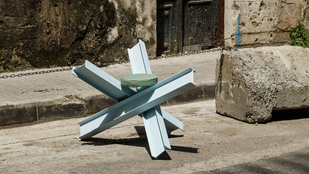 T Sakhi's Holidays in the Sun work turned the Czech hedgehog security barrier into a seat.