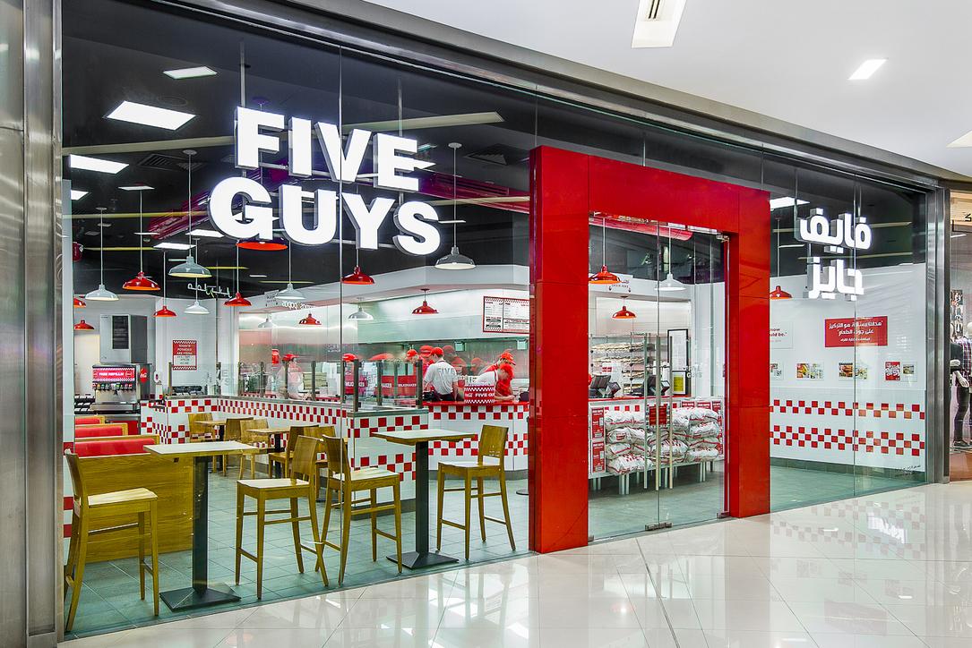 Studio EM, Five Guys, F&B design