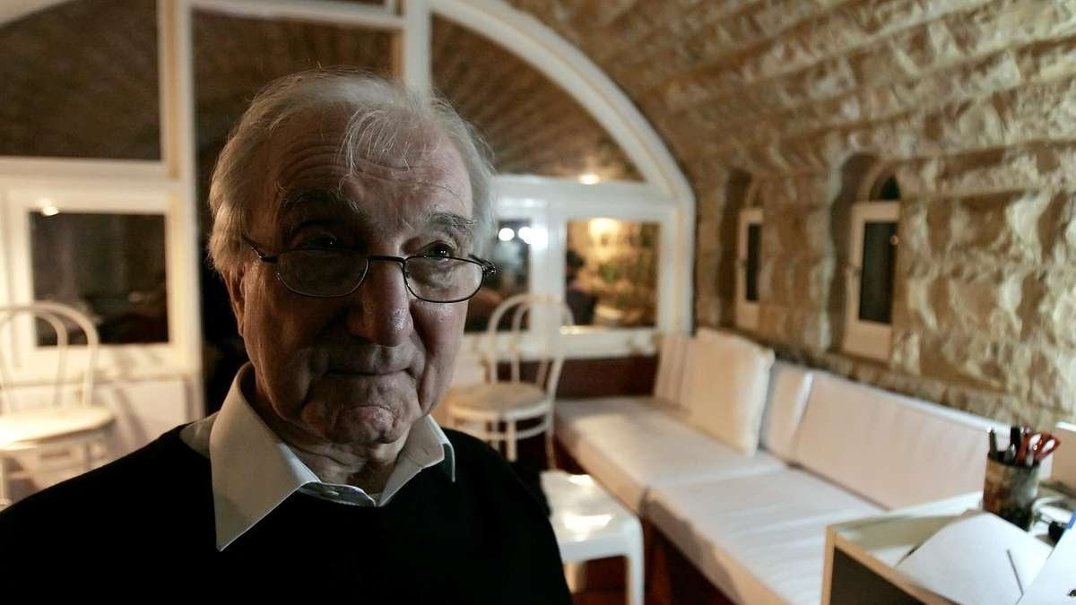 Architect Rifat Chadirji has died, aged 93. He is seen here in 2009 at his home office in the coastal Lebanese town of Halat