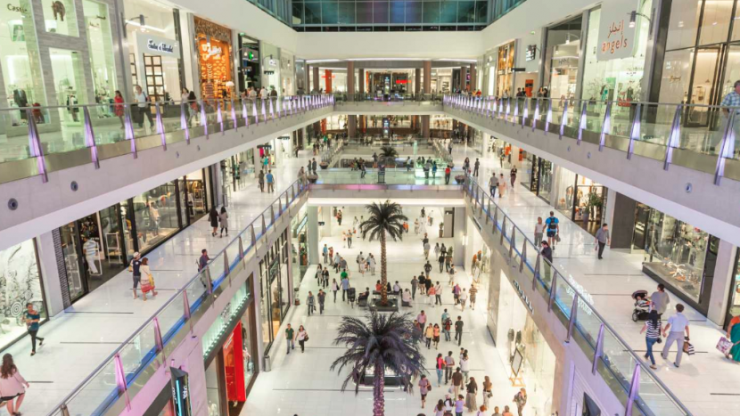 The Dubai Mall, prior to the new restrictions on social distancing