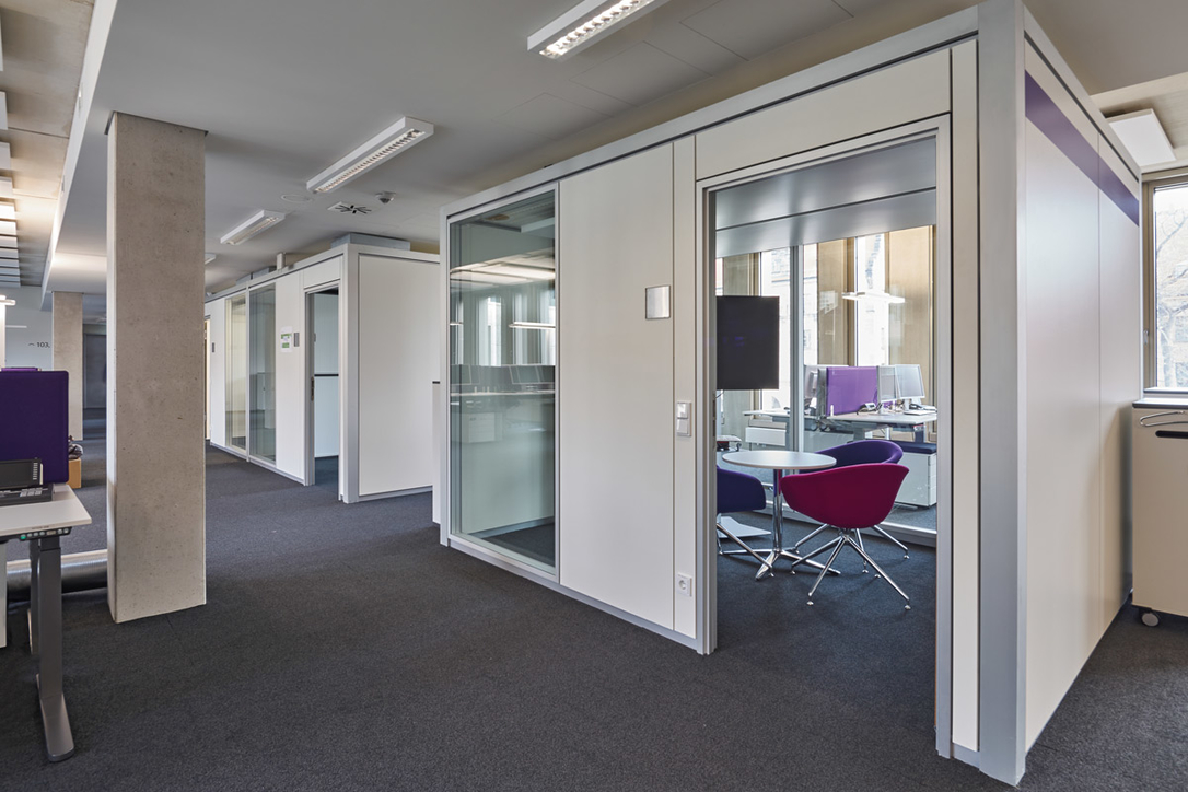 Lindner Group, Interior fit-out, Steel and glass construction, MENA