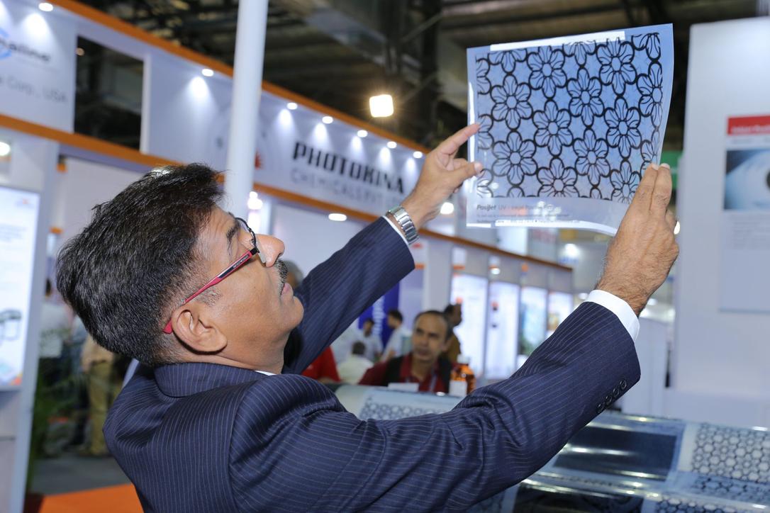 Checking out the wares at Screen Print India's 2018 gathering in Mumbai