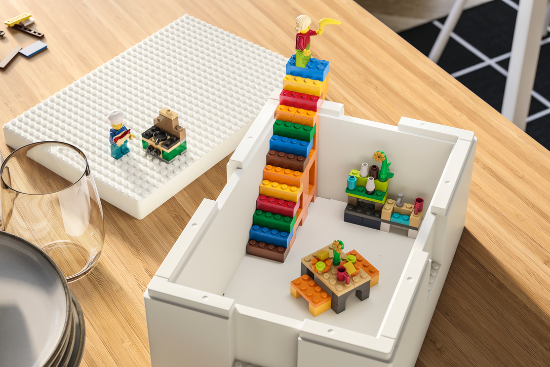 Kids can 'plug in' what they build with the bricks