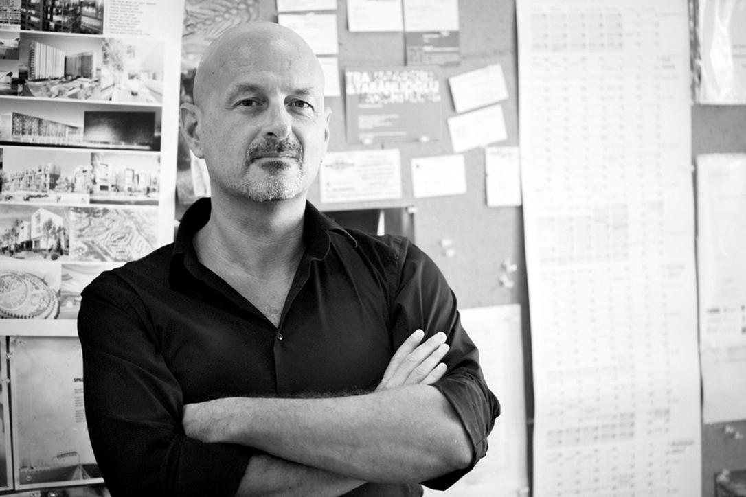 Cristiano Luchetti holds a master's of architecture